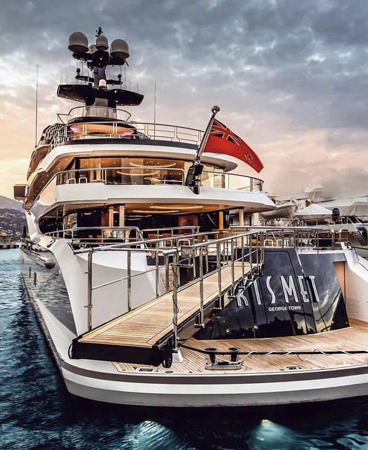 how much does it cost to rent a boat for a party