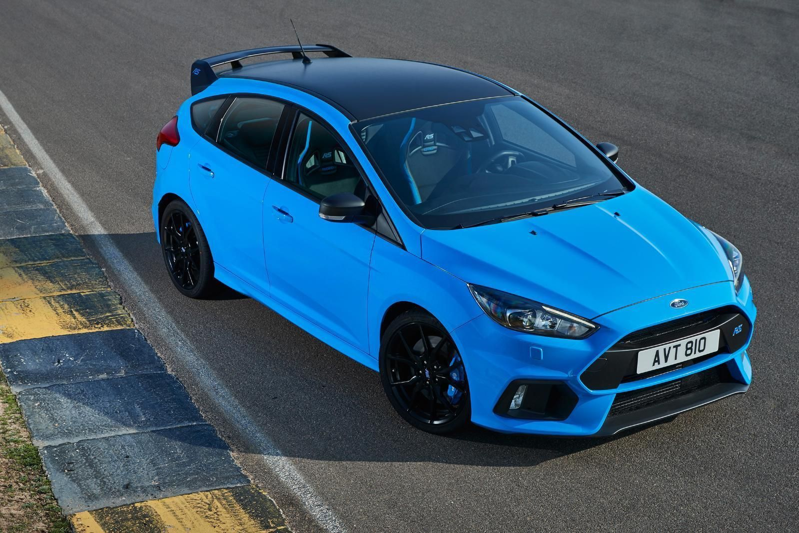 Check Out This Fast Ford Ford Focus Rs Edition 2 3 Limited 2018