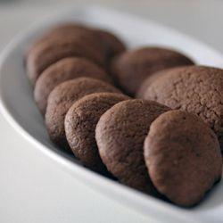 Biscotti al cioccolato ripieni di nutella   #foodphotography #italianrecipes #italianfood #foodideas #creativefood