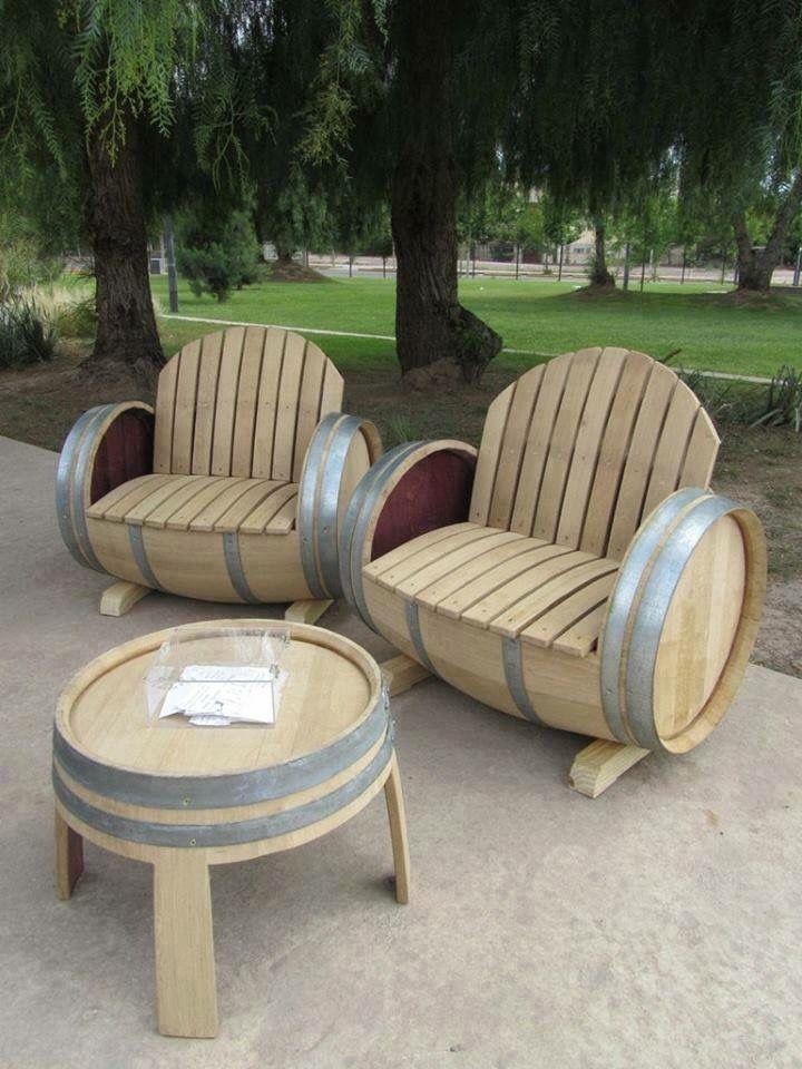 Whiskey Barrel Table U0026 Chairs