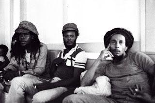 **Bob Marley** Hugh 'Sledger' Peart & Company, Norman Manley Airport, Kingston, Jamaica, 1980. ►►More fantastic pictures, music and videos of *Robert Nesta Marley* on: https://de.pinterest.com/ReggaeHeart/ ©Lindsay Oliver Donald