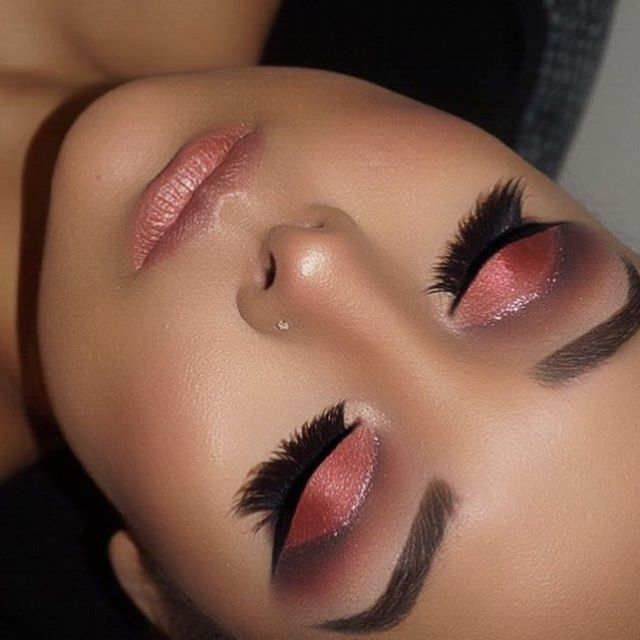 😍😍😍 @makeupbyjenny #hudabeautyrosegoldpalette @shophudabeauty lashes in Lana