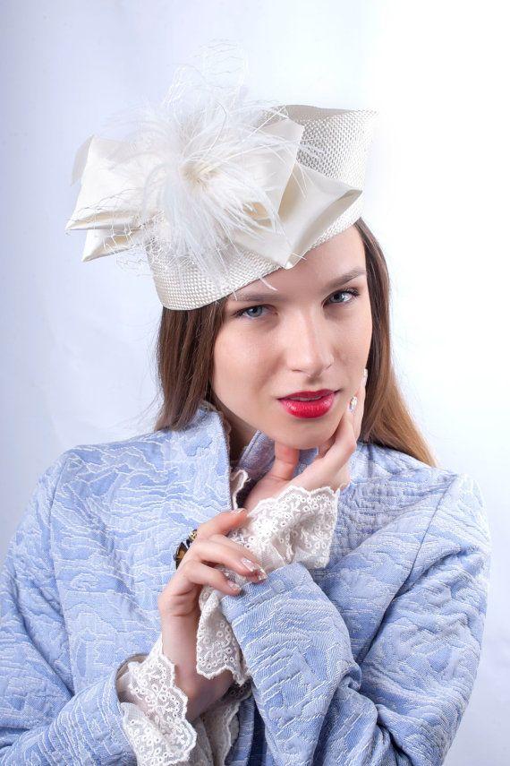 Very Elegant cream white wedding pillbox hat 2e8be9eec70
