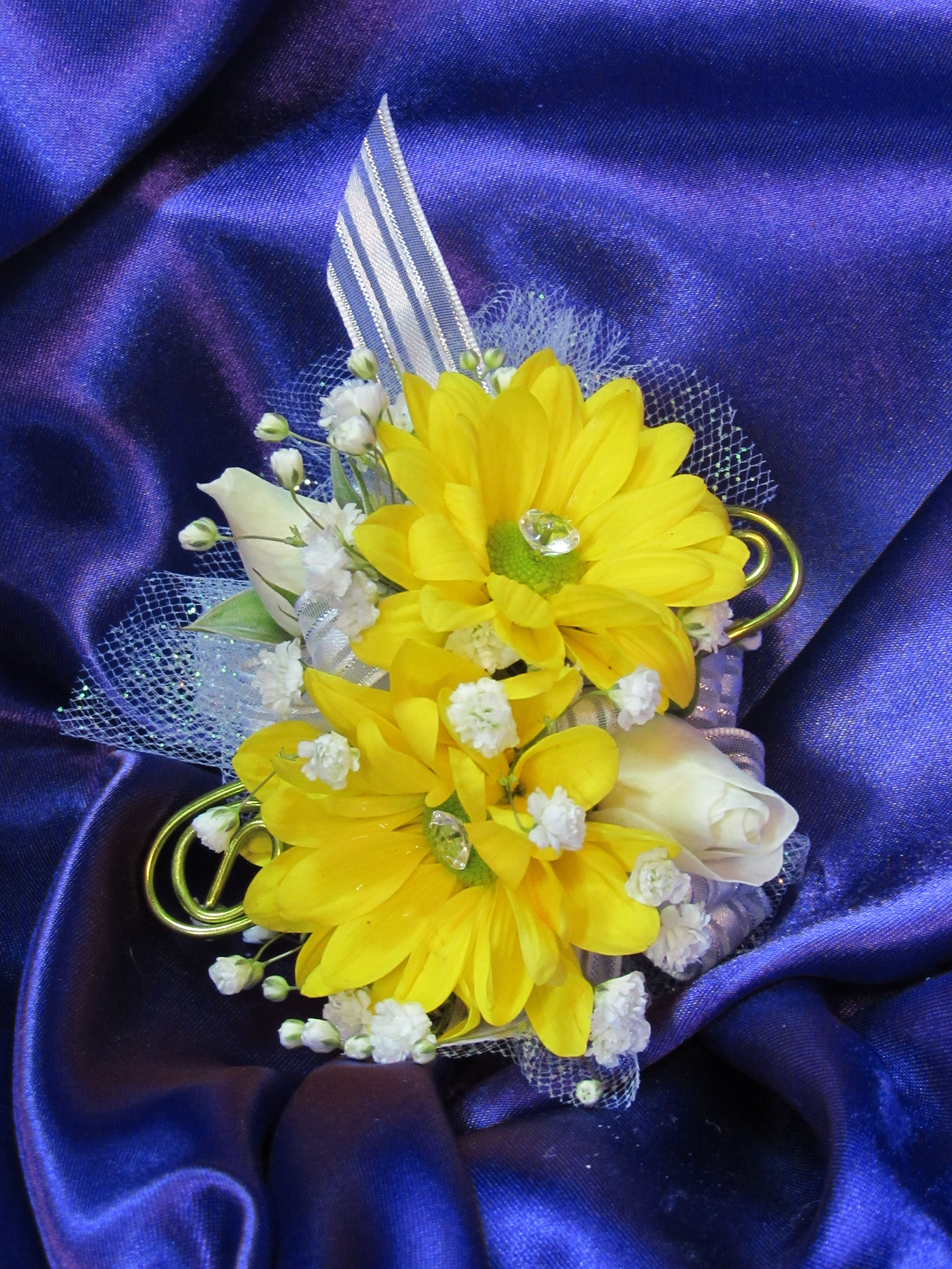 Yellow daisies spray roses and a touch of bling and wire make a order flowers online with same day delivery to virginia beach va from fairfield flowers fresh flowers for all occasions hand delivered right to your door izmirmasajfo