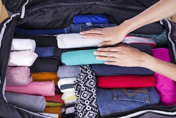 l'astuce géniale pour gagner beaucoup de place dans sa valise