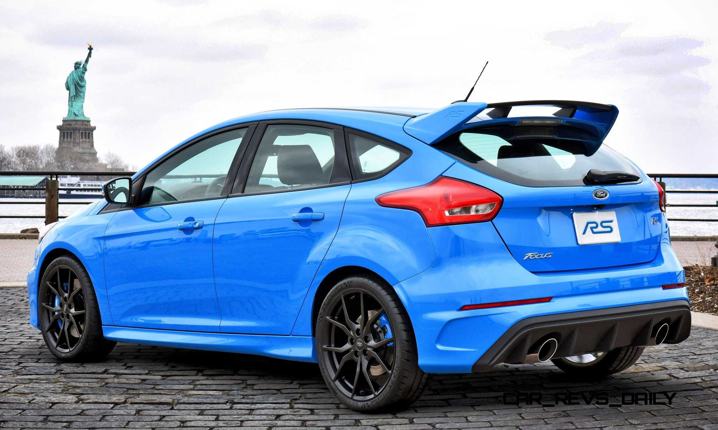 2016 Ford Focus Rs Escapes Auto Show Cage To See Nyc Sights Ford