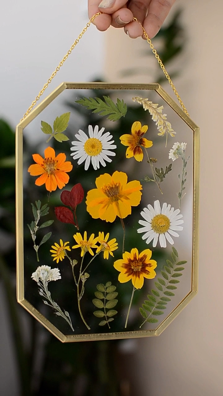 Photo of Octagon Pressed Flower Frame