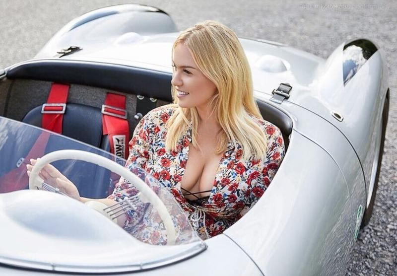 Photo of Women and / with Porsche – page 15 – Porsche – Carpassion.com
