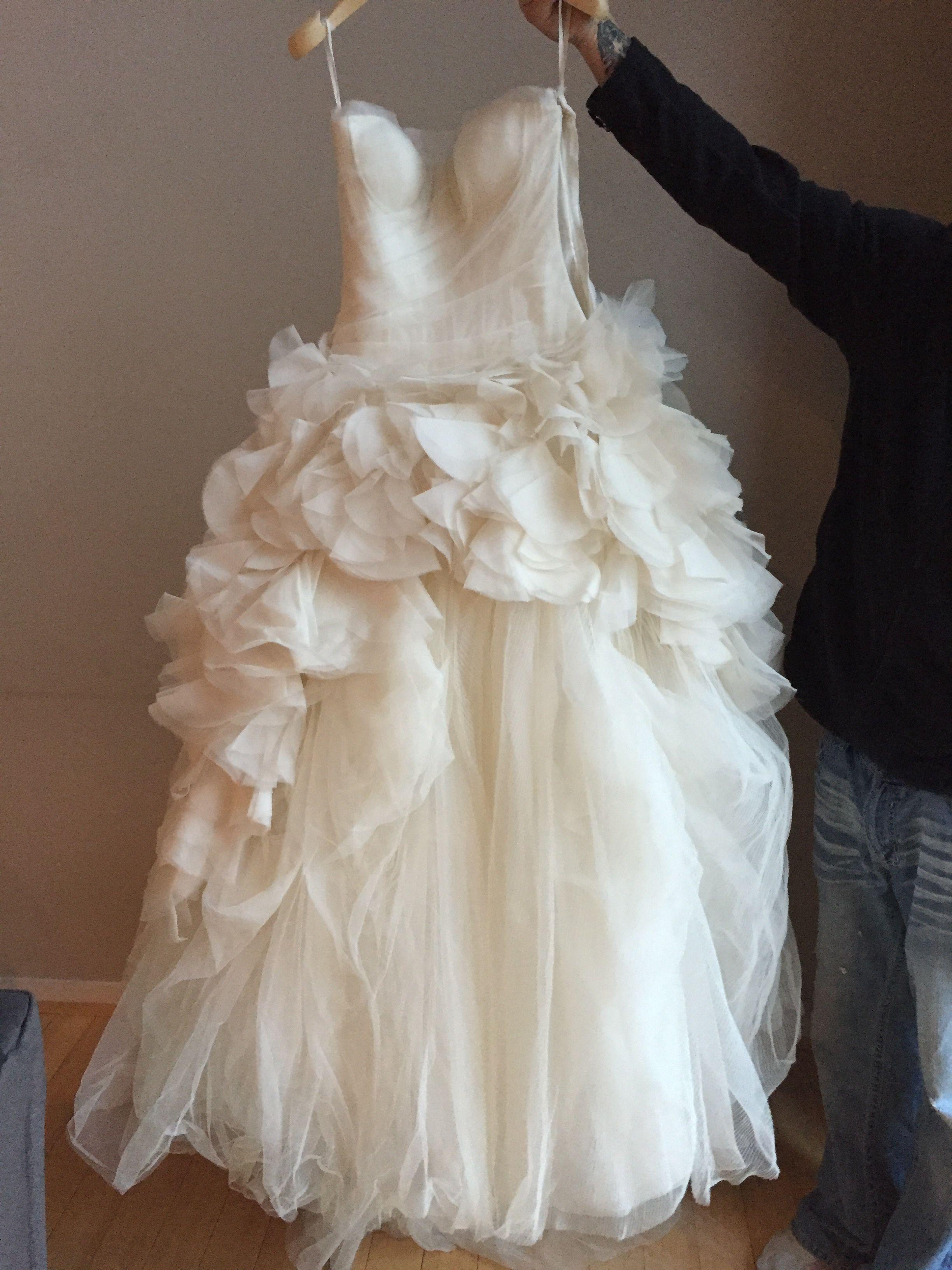 Vera wang plus size wedding dresses  Vera Wang Hayley Size  Wedding Dress  Wedding Wedding dress and