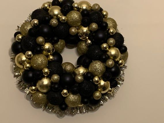 Hand Made Bauble Wreath Black & Gold