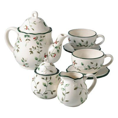 Pfaltzgraff Winterberry Small Tea Set: a charming set that is made of high-quality earthenware and is microwave and dishwasher safe.