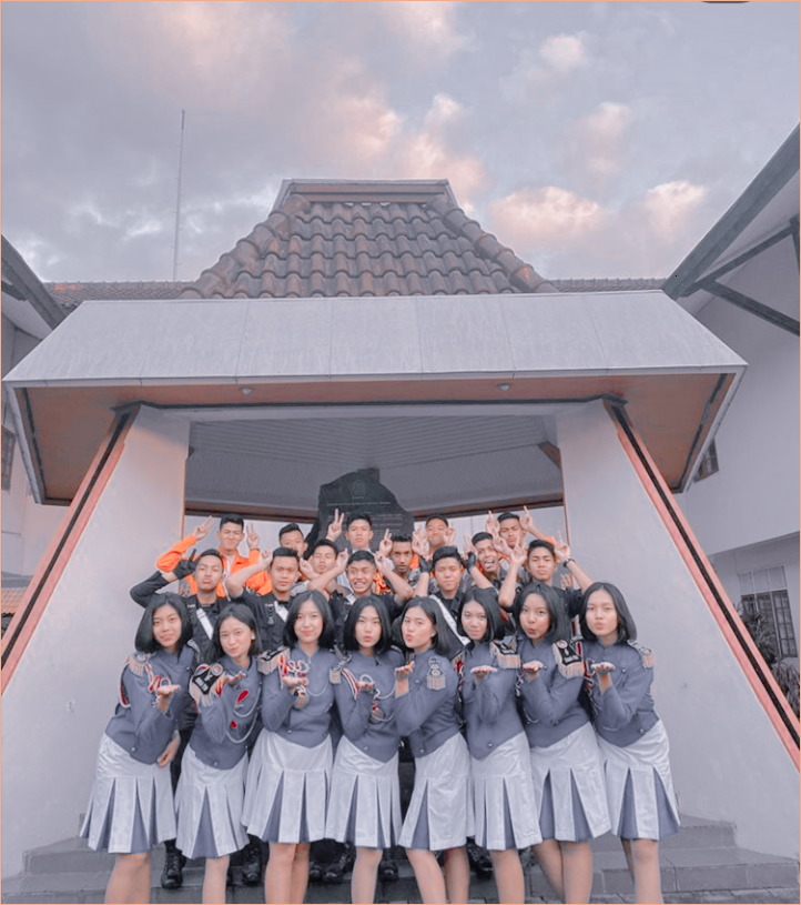 Sma Taruna Nusantara Di 2020 Militer Foto Teman Sma