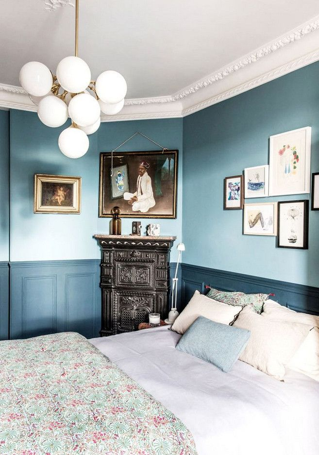 Are We Ready For The Return Of Two Tone Walls Home Decor Bedroom Master Bedrooms Decor Blue Rooms