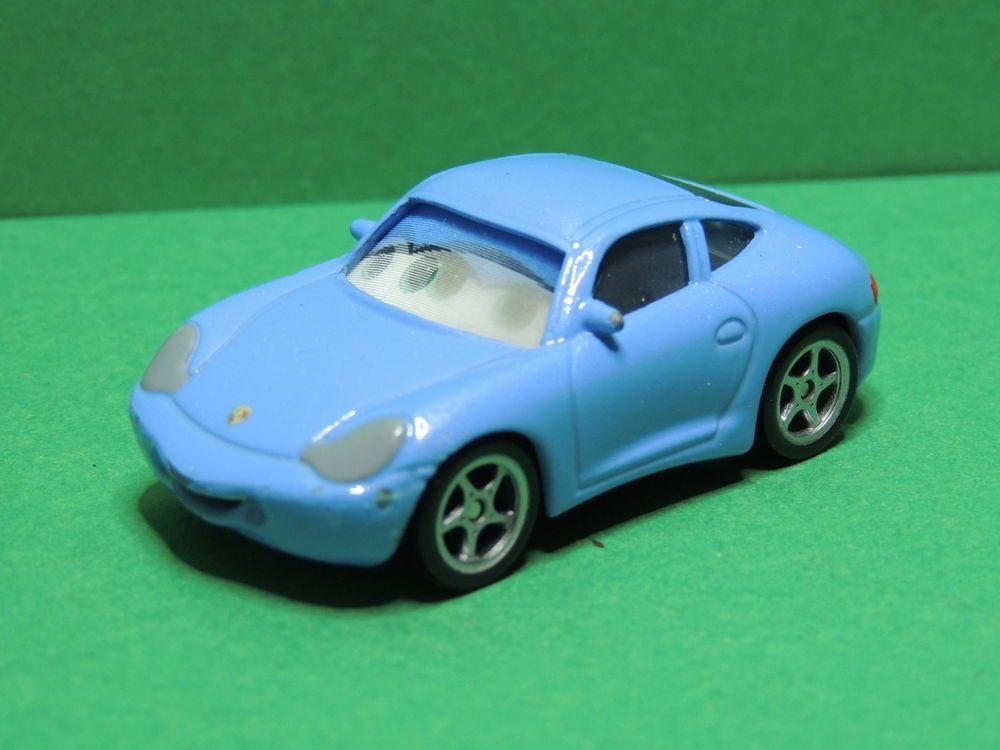 Pin by unfoubleu on cars voiture hauler collectible de mattel disney store pixar - Voiture sally cars ...