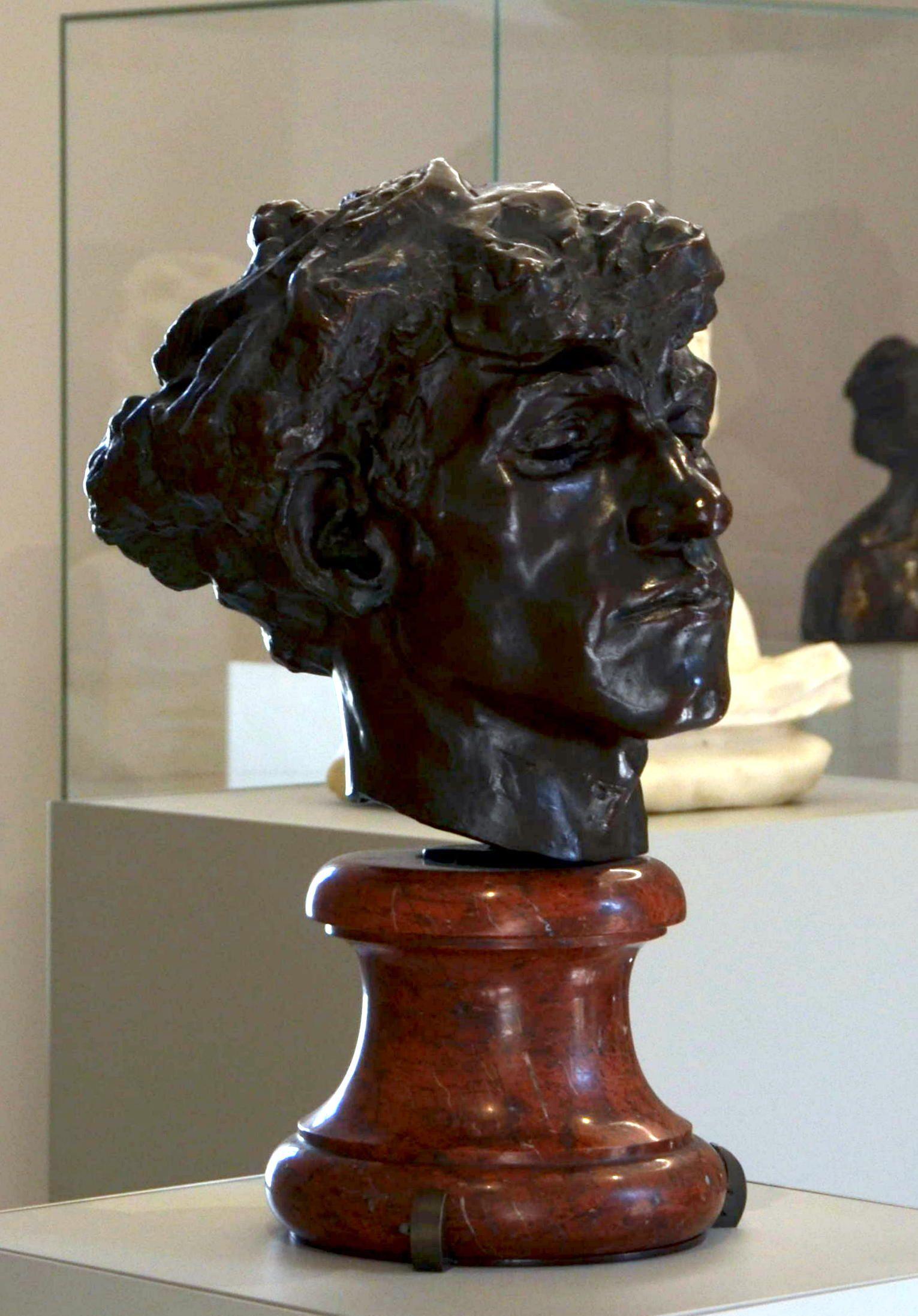 Giganti ou Tête de brigand par Camille CLAUDEL (1864-1943) vers 1885. Bronze, Fonte vraisemblable Gruetl, avant 1892. Musée Camille Claudel à Nogent-sur-Seine. Photo : Hervé Leyrit