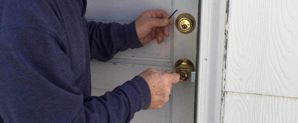 For people trying to locate a locksmith near me we can