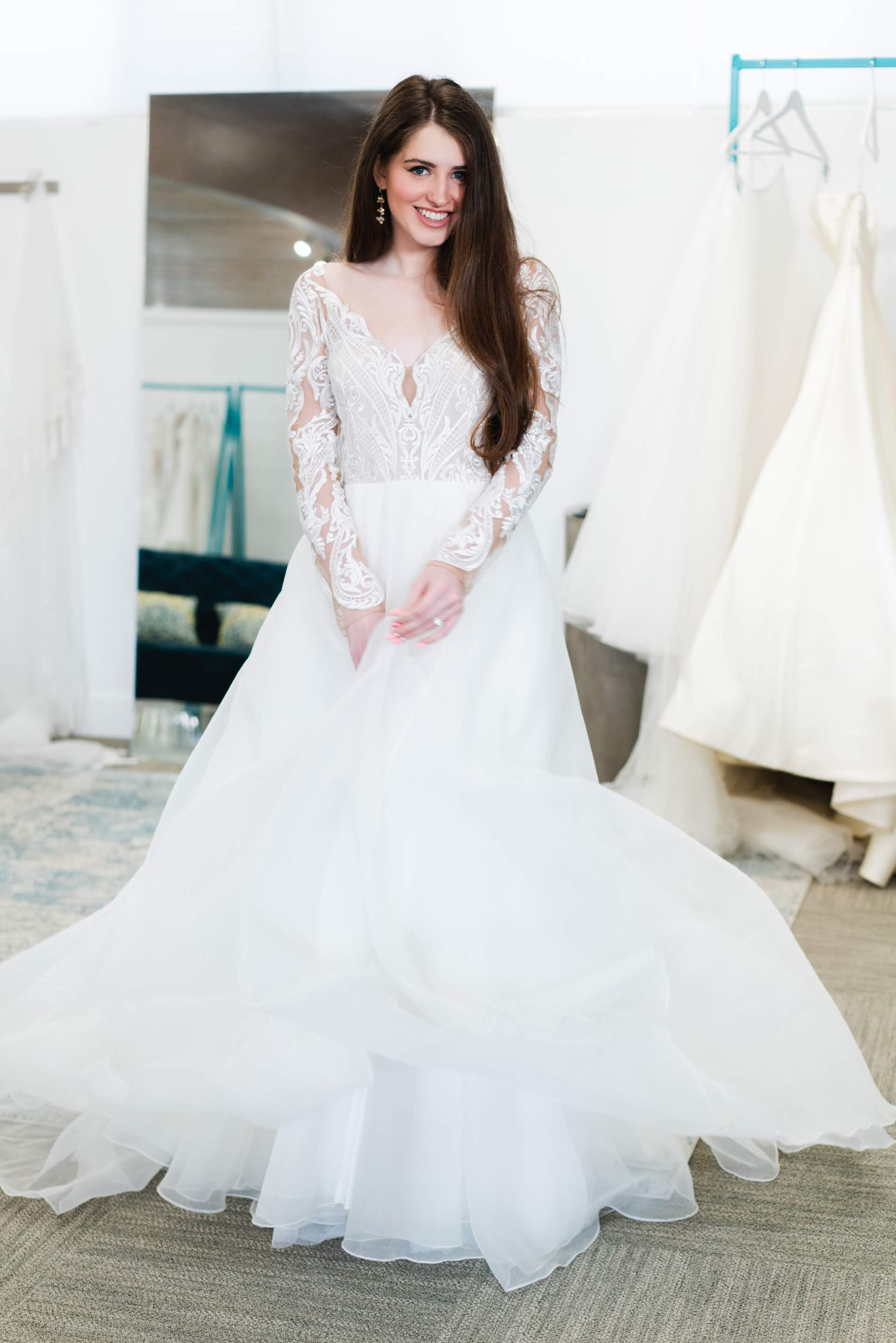 Hayley Paige Mulan Wedding Dress Wedding Dresses Wedding Dresses Lace Ballgown Wedding Dresses Beaded [ 2878 x 1920 Pixel ]