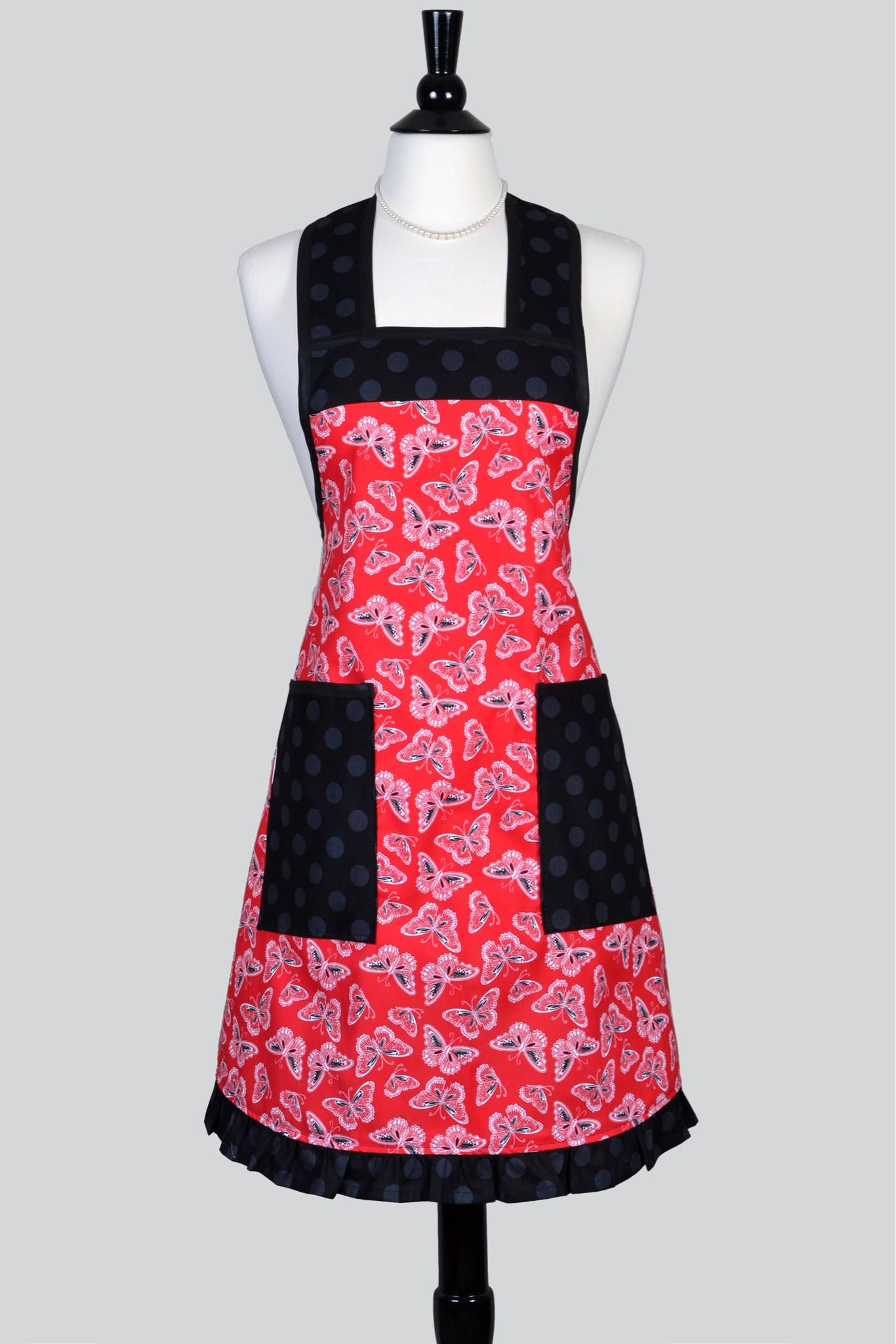 Women S Ruffled Kitchen Chef A Black Erflies Large Pockets Cute And Feminine Perfect For Cooking