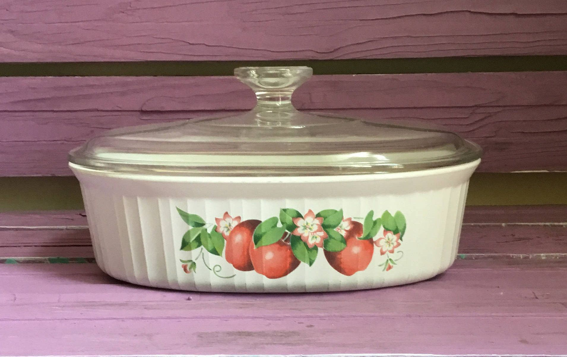 Rare French White Red Apple Vintage Corning Ware Casserole Dish 1 12