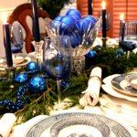 Just added my InLinkz link here: http://betweennapsontheporch.net/christmas-table-setting-bringing-home-the-christmas-tree/
