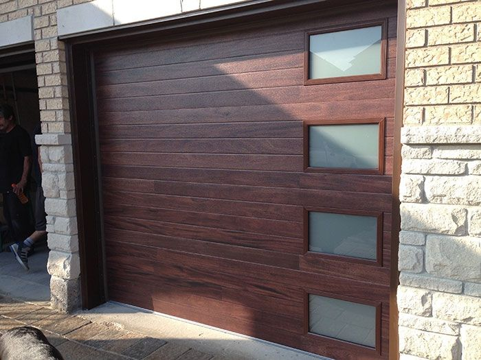 modern garage doors o front door. Black Bedroom Furniture Sets. Home Design Ideas