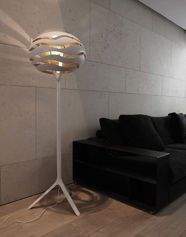 Stylish Floor Lamp With Interesting Lighting Effects Stylish Floor Lamp Floor Lamps Living Room Cool Floor Lamps