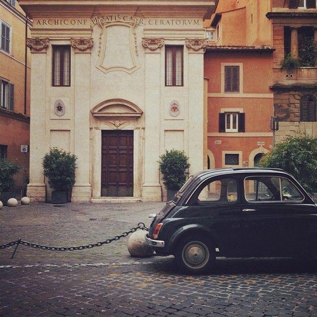 Piazza della Pigna #fiat500 #findyourfiat #rome #italy #Padgram