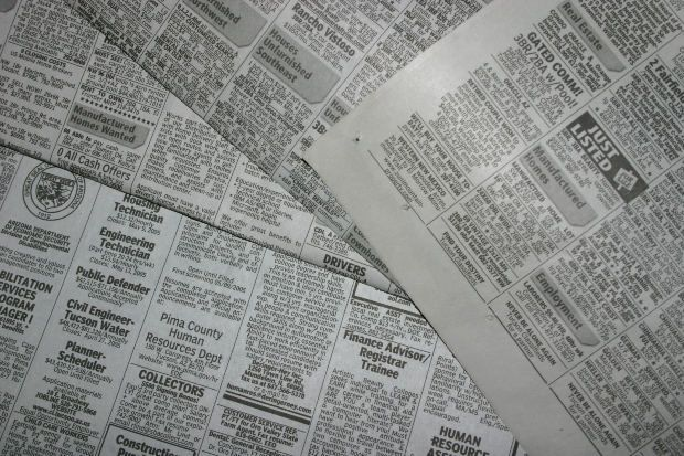 How to Recycle Newspapers, Magazines and Old Paper Crafts - Decor