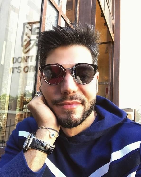 97e0d36b7 ÓCULOS DE SOL DIOR COMPOSIT UNISSEX | Sunglasses | Óculos de sol dior,  Oculos de sol, Oculos escuros masculinos