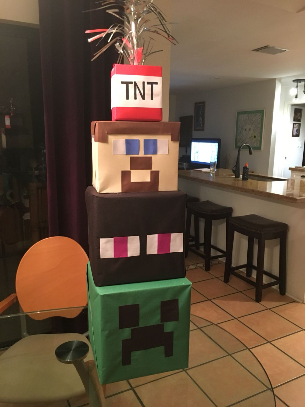 Minecraft party decorations DIY Minecraft Pinterest Minecraft