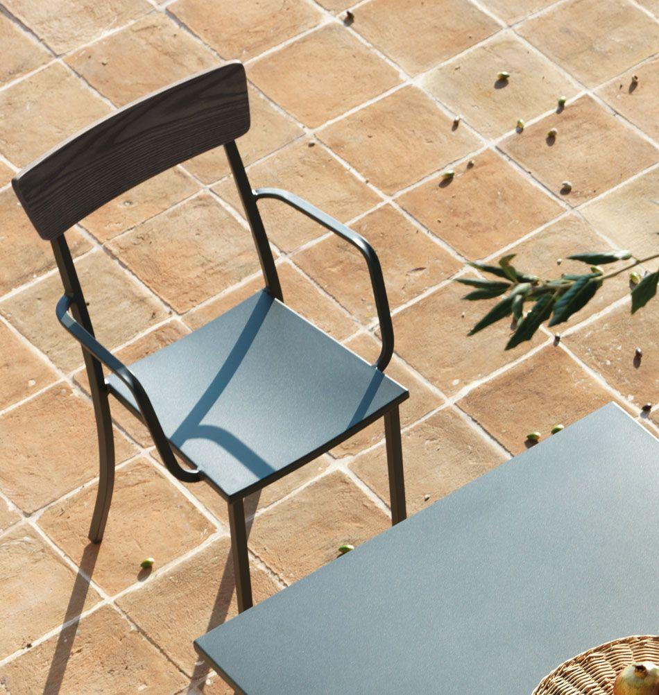 Gartenstuhl Mogi Mit Armlehnen Holz Metall Gartenstuhle