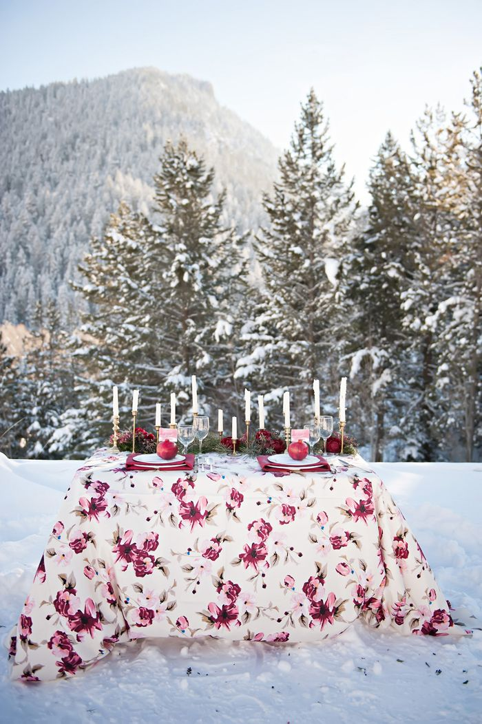 Rose Floral Table Linens | photography by http://brookebakken.com interwedding #bodas #invierno #decoracion