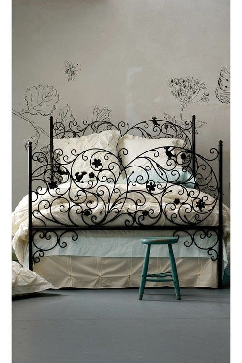 Vine Wrought Iron Bed