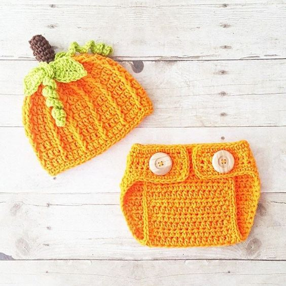 Newborn Baby Pumpkin Beanie and Diaper Cover Set-Hand Crochet-Holiday Photo Prop