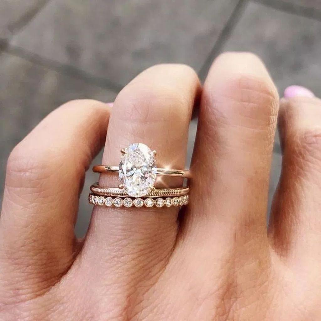 Stunning 20 Impressive Engagement Rings Design Ideas To Try In 2019 Engagementrings Wedding Rings Ladies Diamond Rings Diamond Wedding Bands