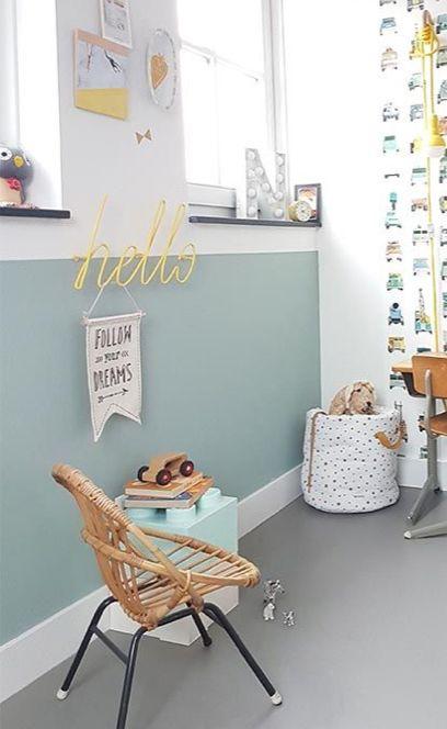 pingl sur chambre b b gar on vert menthe. Black Bedroom Furniture Sets. Home Design Ideas