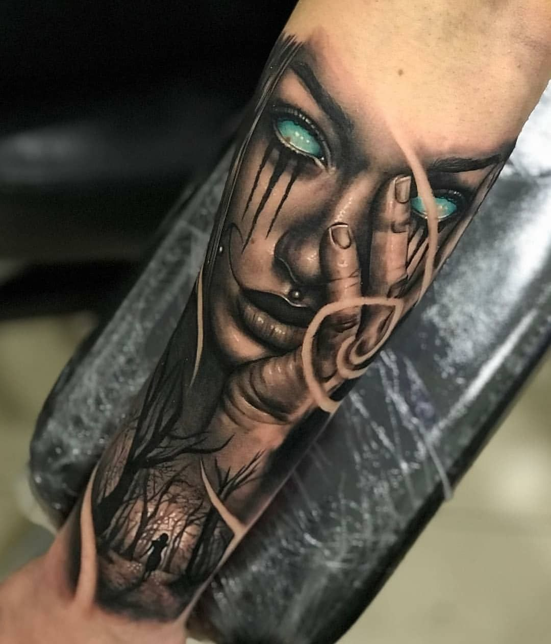 Face Sleeve Tattoo: Sleeve Tattoos Guy With Girlfriend