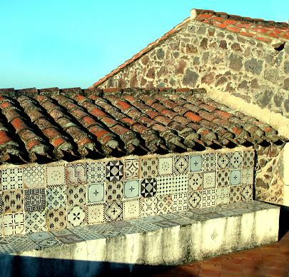 Gorgeous italian tile globetrotting piastrelle da for Piastrelle da parete