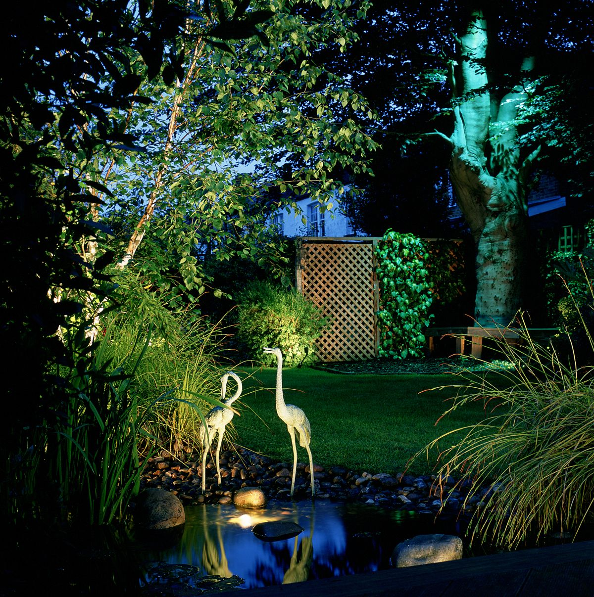 inspiring garden lighting tips. Inspirational Garden Lighting Tips \u0026 Ideas Inspiring N