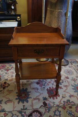 Heywood Wakefield Solid Maple Nightstand End Side Table Early American Cinnamon The Designers Consignment