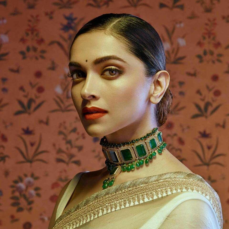 Pin By Trisha Samall On Jewellery Bridal Jewellery Inspiration Sabyasachi Jewellery Deepika Padukone