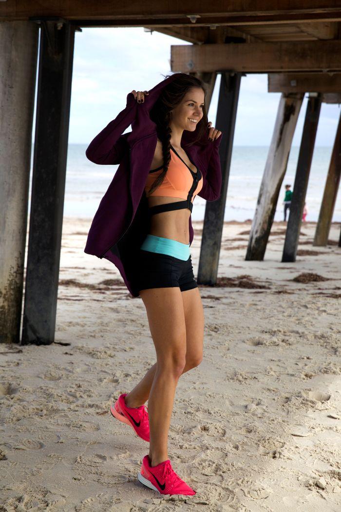 Fitness Freak: Dasha Gaivoronski   CLIQUE MAG   Sport   Pinterest