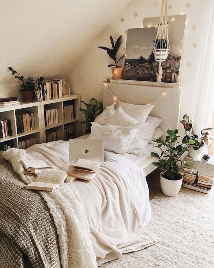 DIY Small Bedroom Decorating Ideas #smallbedroominspirations #roominspo