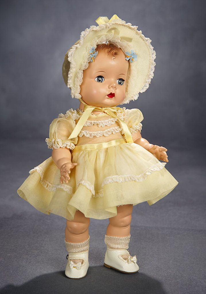 American Girl Doll 22 Blond Hair /& Blue Eyes  NEW in box Floral Outfit