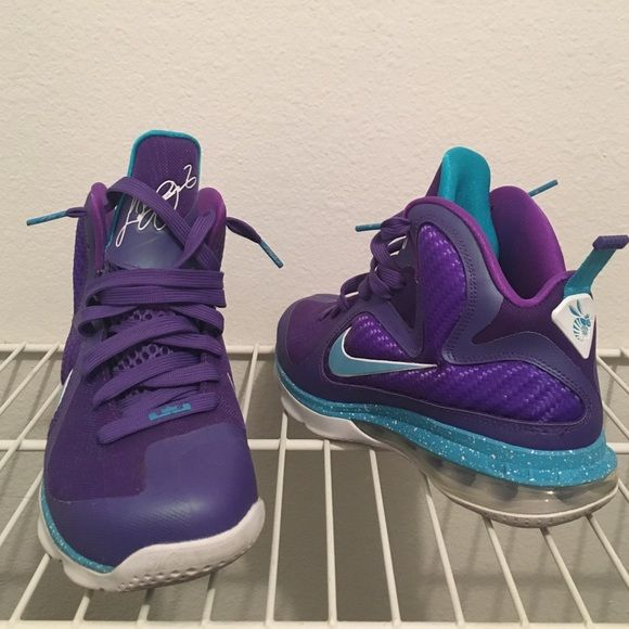 purchase cheap 1c794 e5551 Lebron 9 Summit Lake Hornets Lightly worn, addtl pics available upon  request. Negotiable!!   SIZE  boys 5 (same as womens 7) Shoes Athletic Shoes