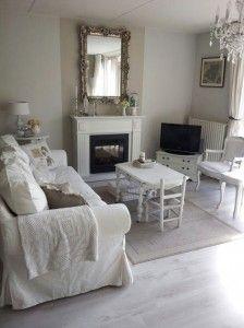 Woonkamer zithoek binnenkijken livingroom white Brocante woonkamer