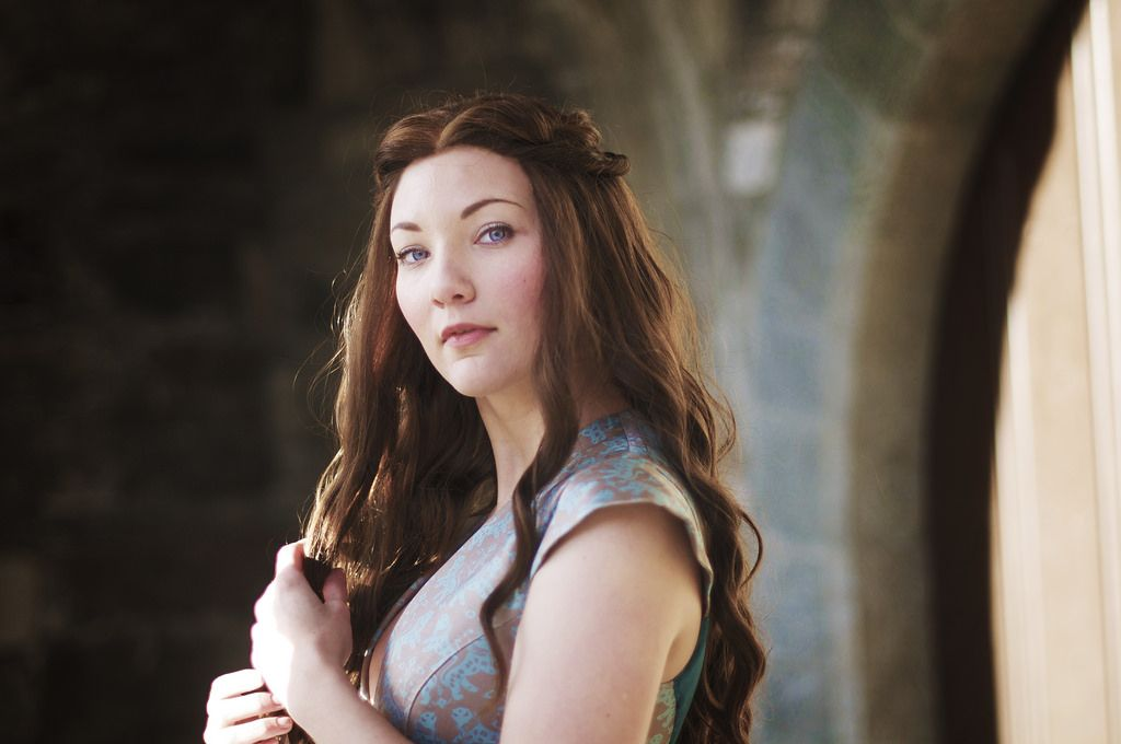 Cosplay So Good You Won T Believe It Is Cosplay Margaery Tyrell In A Game Of Thrones Margaery Tyrell Game Of Thrones Cosplay Cosplay