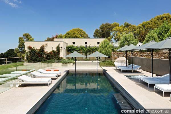 Attirant A Contemporary Restort Style Pool By Aquarius Swimming Pools
