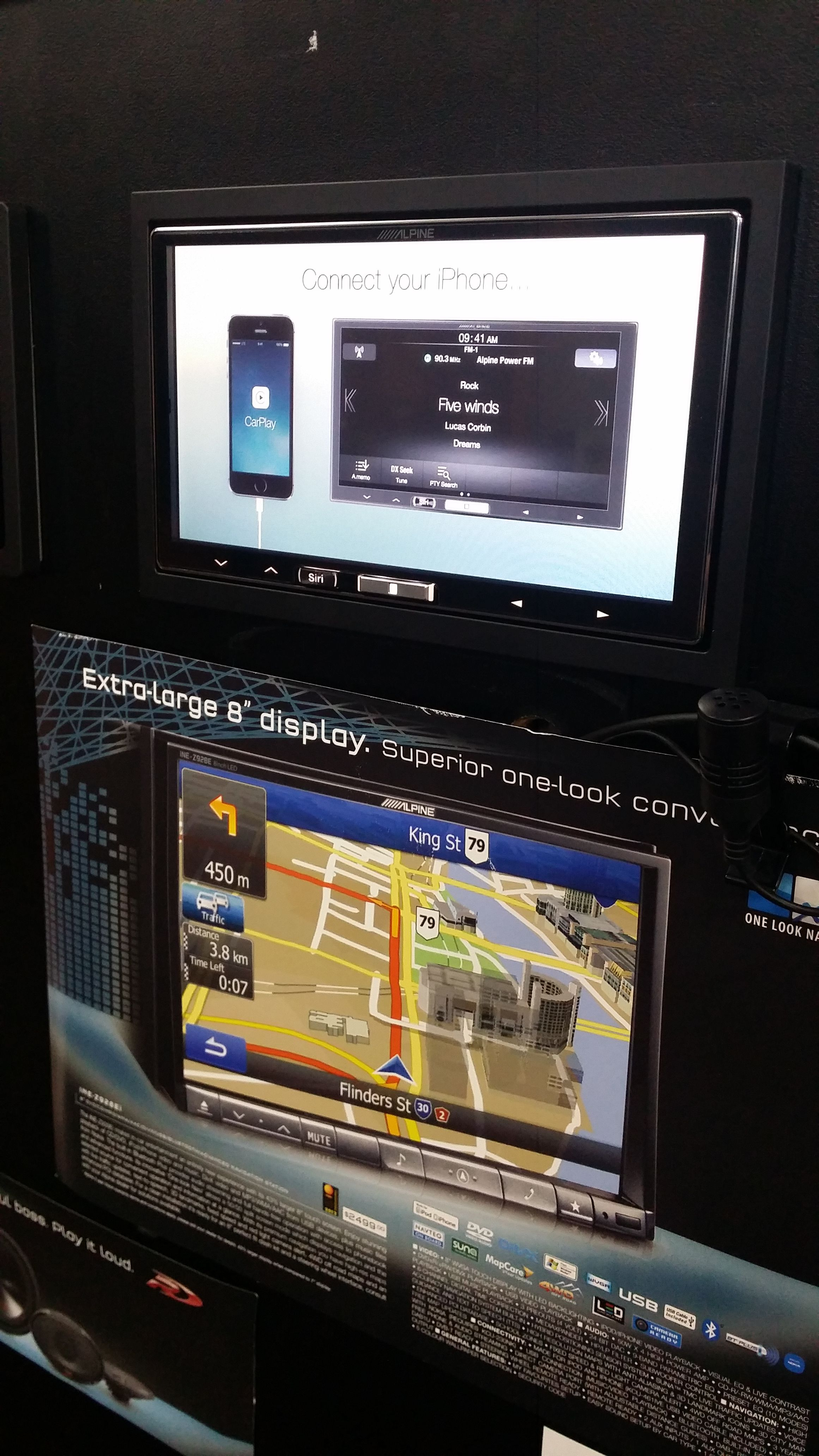 We Now Have The New Alpine Ilx 007e Carplay Headunit In Our Demo