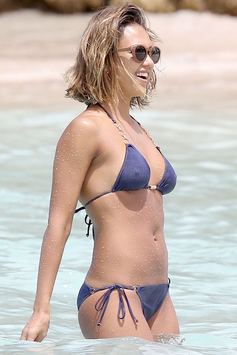 Jessica Alba Nipple Poke Pictures Are a Start of Something
